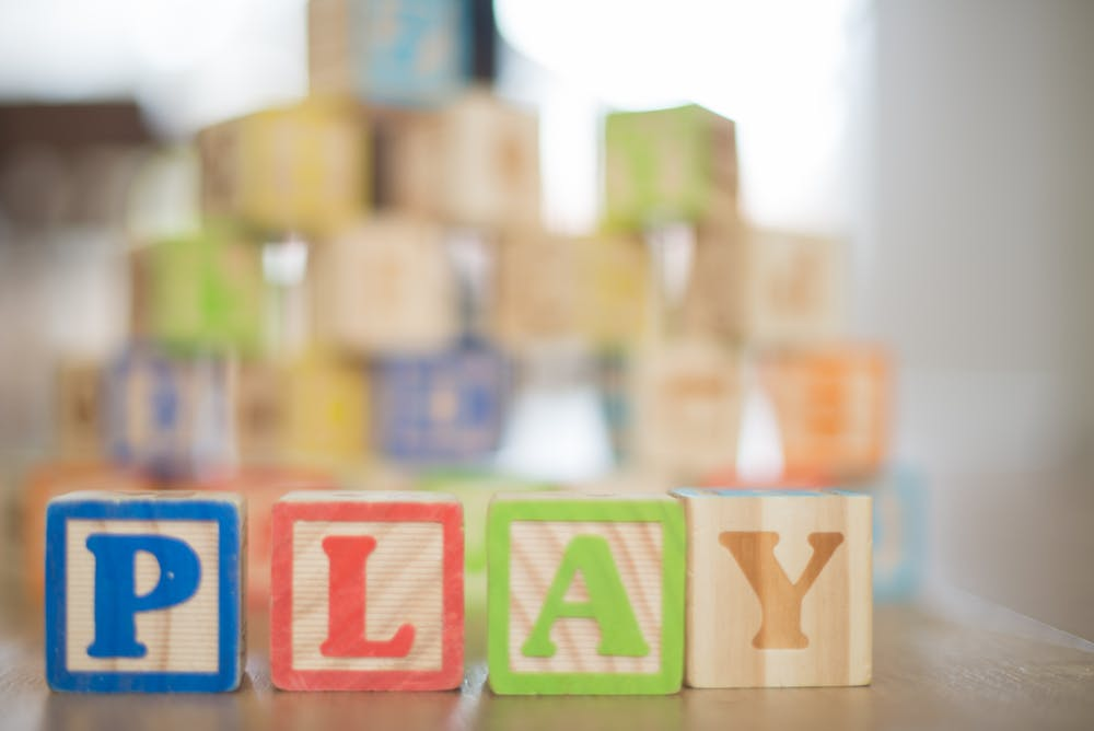 Why You Should Consider Purchasing Educational Toys For Kids That Also Include Their Current Interests